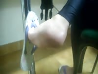 impersonal Foot and feet  in college - faceshot - Jess's feet 5 Thumb