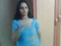 large boobs Aunty disrobe her blue saree Thumb
