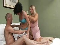 BRITISH mature SWINGERS 3 Thumb