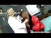 big-boobed blondie doctor Julia Ann is seduced Thumb