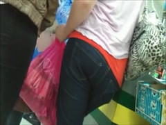 GORGEOUS REAL TEENS ASSES IN JEANS HIDDEN CAM fm60 Thumb