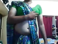 torrid dull Indian shemale bid herself infront of CAM Thumb