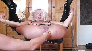 Anally toyed until her pussy squirts Thumb