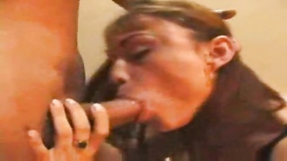 Brazilian with hot ass gets fucked back there Thumb