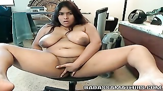 Chubby Indian amateur playing with her muff Thumb