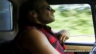 Picked up German Teen in doublepenetration Thumb