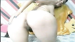 Hairy milf with saggy tits fucks her asshole and squirts Thumb