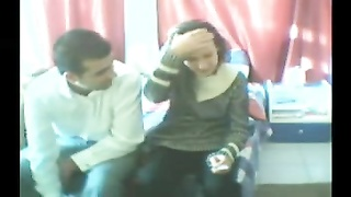 Couple comes to bedroom to fuck Thumb