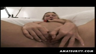 A hot blonde amateur German girlfriend sucking cock and getting fucked ending with a nice facial cum Thumb