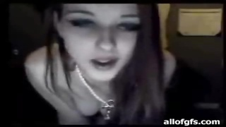 Leggy teen in thong dances and flashes Thumb