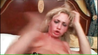 Slut in rough anal scene gives ATM blowjob Thumb