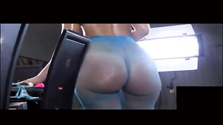 large arse Queen - bootie - booty - Curvy - wiggle Thumb