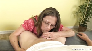 super warm milf loves deep throating cocks Thumb