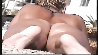 perfect ass on the beach Thumb