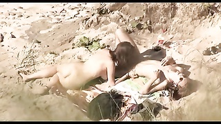 Voyeur on public beach. steaming youthfull  lovers sex Thumb