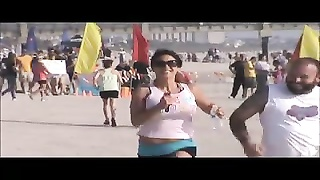 rapid/fast milf beach spy running huge melons 13 Thumb