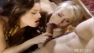 three-way brunette blond hole fucking Thumb