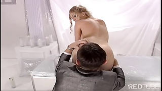 Blond wedding bride vaginal pumelled Thumb