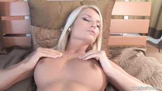 busty blondy Jessie pulverize a pink fake penis Thumb
