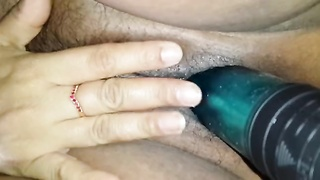 indian getting off Thumb