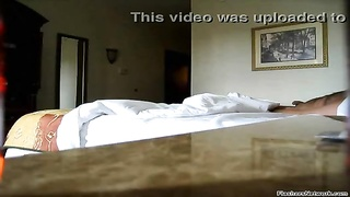 Flashing the hotel maid - http:// /WantToChat Thumb