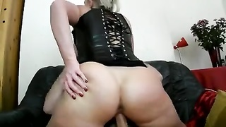 amateur - Blond customary without a condom  double penetration  MMF three way CIM Facials Thumb