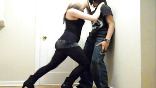 Ballbusting - teen cruel rapidly Kneeing! Thumb