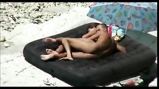 Nude Beach - actual Couples caught on Camera Thumb