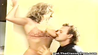 dirty hook-up  with bosomy colleague Thumb