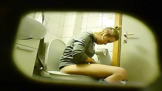 blondy inexperienced teen toilet cunt caboose  hidden notice cam voyeur 8 Thumb