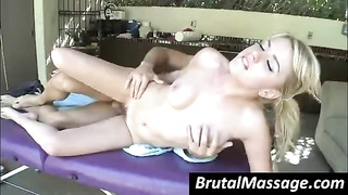kinky female gets pounded by massagist Thumb