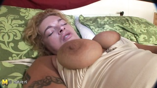 shaven mother playing with her vagina Thumb