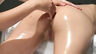 Multiorgasmic rubdown  With Oil Thumb