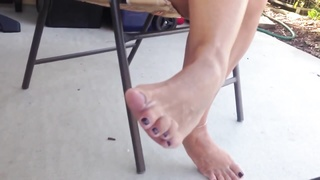 impersonal spectacular milfs feet and gams  on patio Thumb