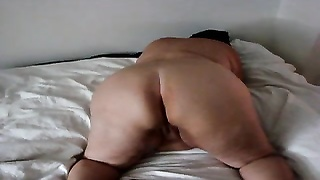 Danish aged bbw showing ass Thumb