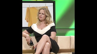 Barbara Schoeneberger nice Cleavage And legs Thumb