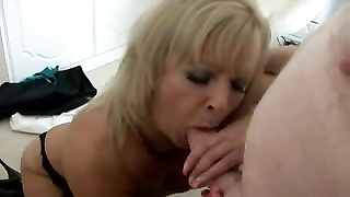 mature blond British hooker blowing and pounding Thumb