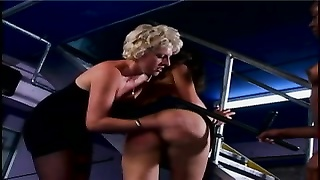 2 lesbians cherish restricting their slave dame and testing  her tight cootchie Thumb