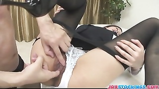 Emi Orihara luxurious teacher gets creamed pussy Thumb