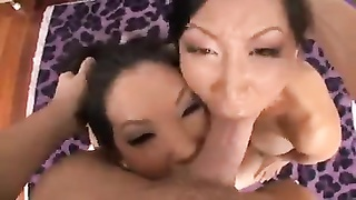 2 Asians Give A dirty blowjob Thumb