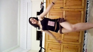 hot ARABIAN teen HOMEMADE belly DANCE Thumb