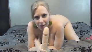 Britney Brooks - Stepmom screws your man-meat Thumb