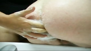TheButthole one My wife wash and fist my ass Thumb