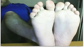 Chatroulette straight male feet - spanish soccer fan again! Thumb