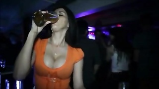 huge-boobed  Drink Beer - big melons and Beer connect! DH Thumb