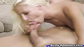 Smokin stunner is an oral sex champion and it is hard for her not so gargle  jizz-shotgun Thumb