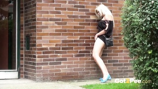 Got2Pee - Public Pissing Compilation 1 Non stop Version Thumb