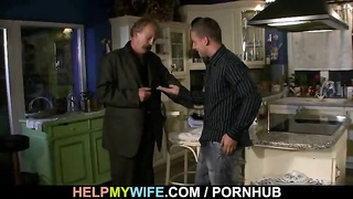 Cuckolding surprise for young wifey Thumb