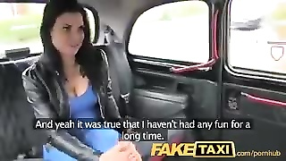 FakeTaxi Exotic babe in office break taxi fun Thumb