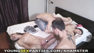 youthfull  hookup Parties - sex party flapping Thumb